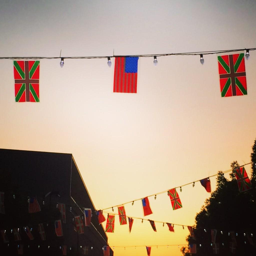 Jaialdi 2015 – flags on the Basque Block