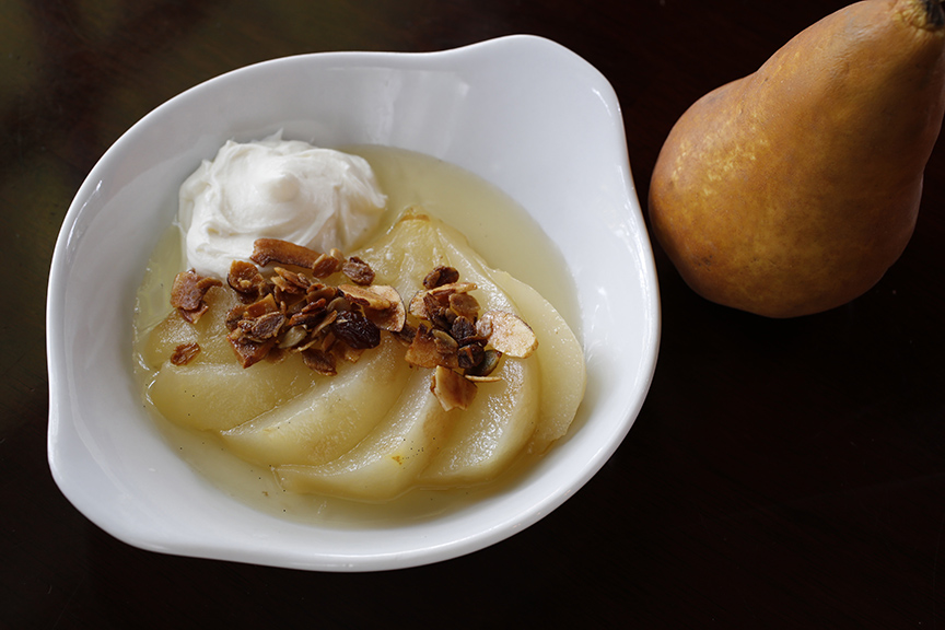 honey poached pears with mascarpone