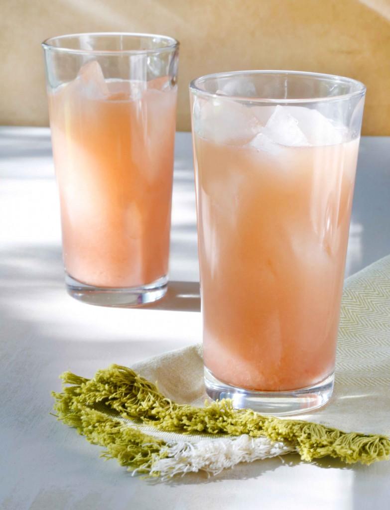 Rhubarb-Fennel Gin Cocktail