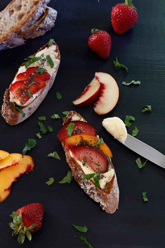 Toast with Lemon Ricotta and Fruit